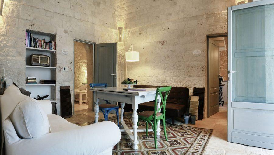 image 7 - kitchen and living - Dimora dei Gelsi Alberobello Puglia