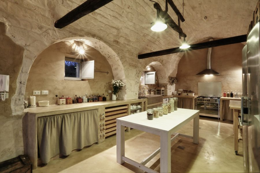image 6 - kitchen and living - Dimora dei Gelsi Alberobello Puglia