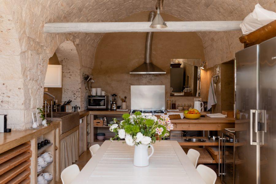 image 10 - kitchen and living - Dimora dei Gelsi Alberobello Puglia